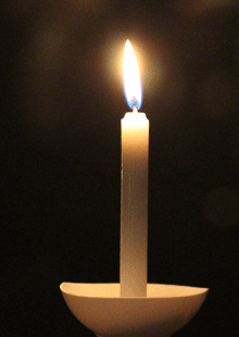 Candle-in-the-nigjht-web